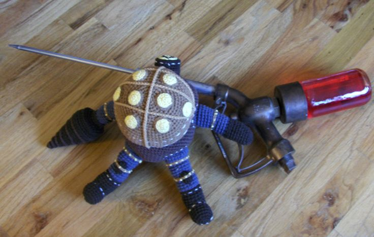 OMG, SO MUCH THIS. I am absolutely making this my next project; Big Daddy Bouncer from Bioshock =)