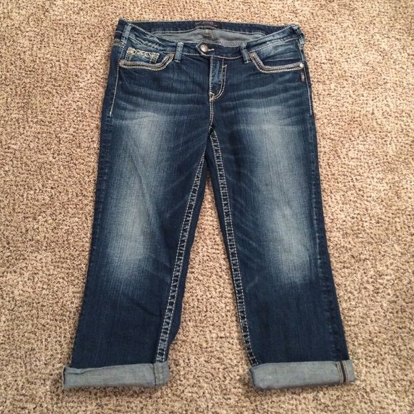 Silver Jeans Capris Size 14 | Silver Jeans, Abs and Pockets