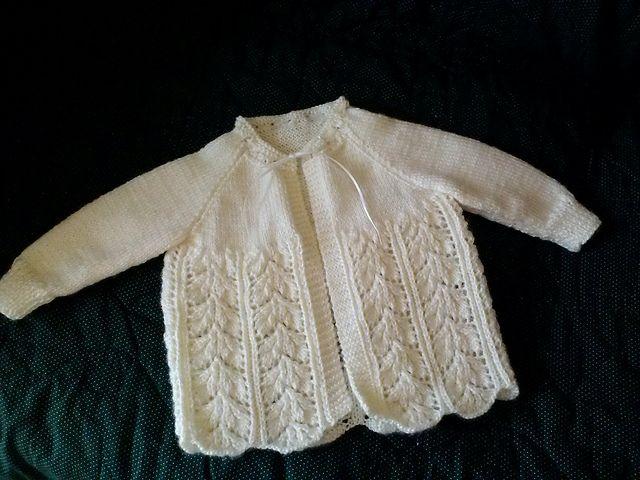 Ravelry: ALHinTN's Sara's baby sweater