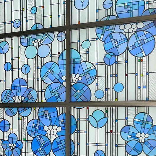 「梅」「桜」 | ステンドグラスの企画・設計・制作・施工ならクレアーレ