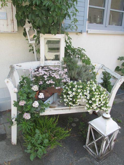 10 best gattendeko images on Pinterest Garden art, Garden deco and