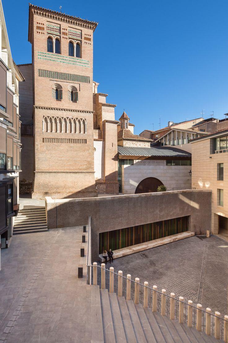 Plaza de los Amantes de Teruel, España - José Ignacio Linazasoro Rodríguez - foto: Filippo Poli