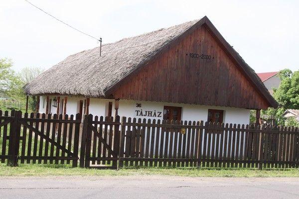 Tájház / provincial #house Forrás/source: taktaszada.hu