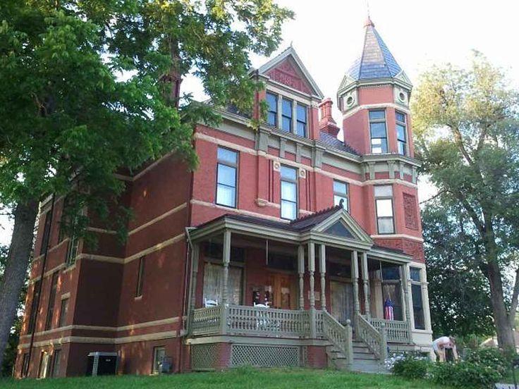 1887 queen anne saint joseph mo 550000 old house