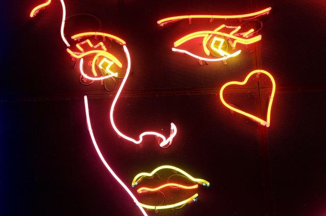 Les 15 meilleures images du tableau martial raysse sur for Neon artiste contemporain