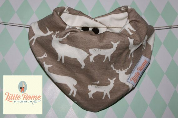 Little Rome's super absorbent 100% Organic cotton and bamboo pleated dribble bibs. Brown Deer  One size. 0-5 years