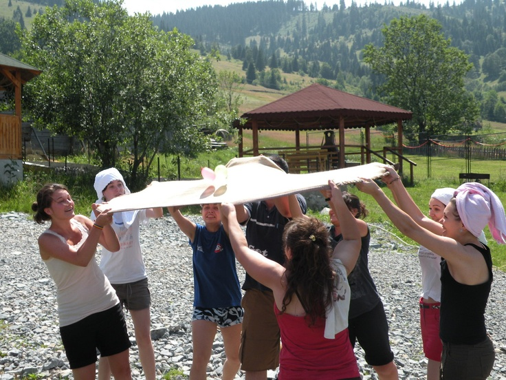 Water Balloon Volley Ball for outdoor team-building