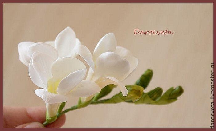 веточка фрезии для свадебной причёски - белый,свадебные аксессуары,свадебное украшение