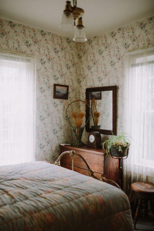 Vintage Farmhouse Bedroom