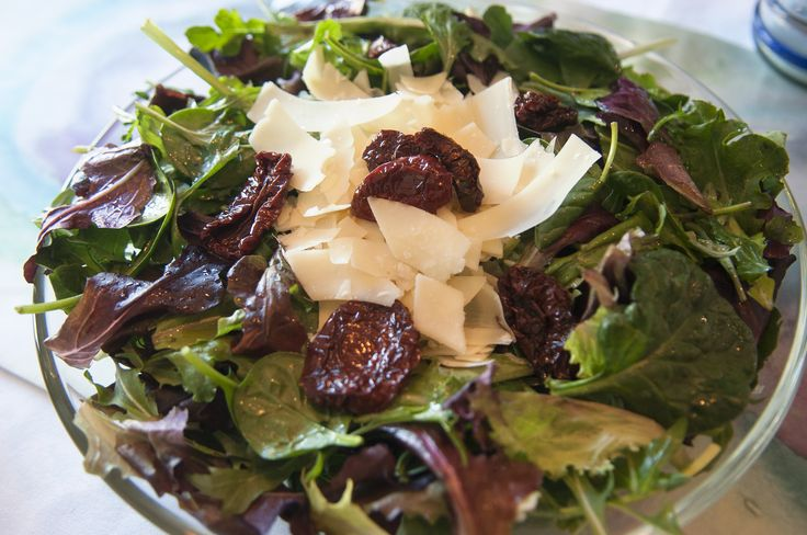 Mixed Green Salad with Maple Balsamic Vinaigrette (How to Make It)  Writer: PATRICIA WILSON // Photographer: SARAH MILLER // May/Juen 2016  Summer is the season f...