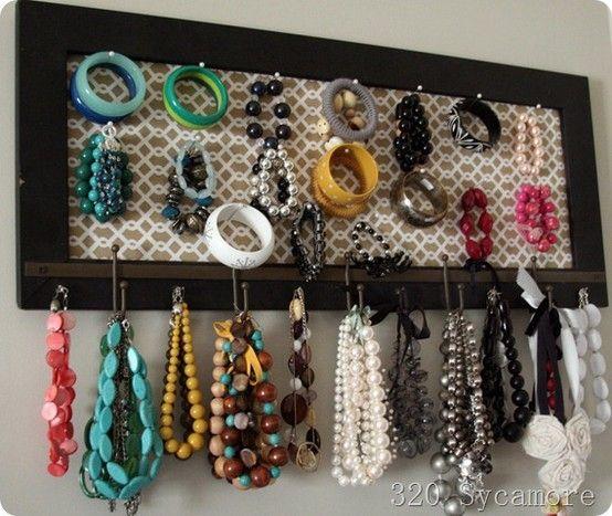 Creative way to organize jewellery organize pinterest organizing creative and jewelry storage - Clever diy ways keep jewelry organized ...