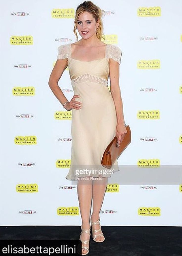 Actress @elisabettapellini wearing the MAGRÌ #LuludoClutch #Roma #VillaMedici #AccademiaDiFrancia #photocall #dinner #party Thanks 🙏🏻 outfit @BalestraCouture👗And 👛 @magriofficial @isabellaayoub 💖@skyarte #skyarte #Master Of #photography by @olivierotoscanistudio - 📷Pic by E.Ruscio @ernst_italy @gettyimages -Special Thanks @andreasmercante 💙 @idcommunication And @paridevitaleagency 💙 #magri_handbags #keepitchic #magri #CreativeInnovation #CraftedinFlorence #mtpisani_etabetapr…