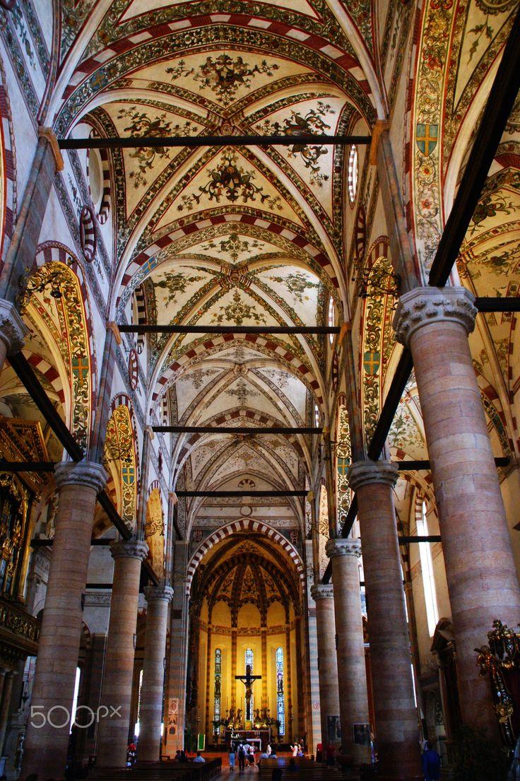 , Santa Anastasia .Verona Italy