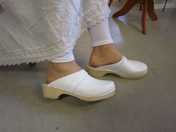 Marvellously sexy. Source: Clogs Love