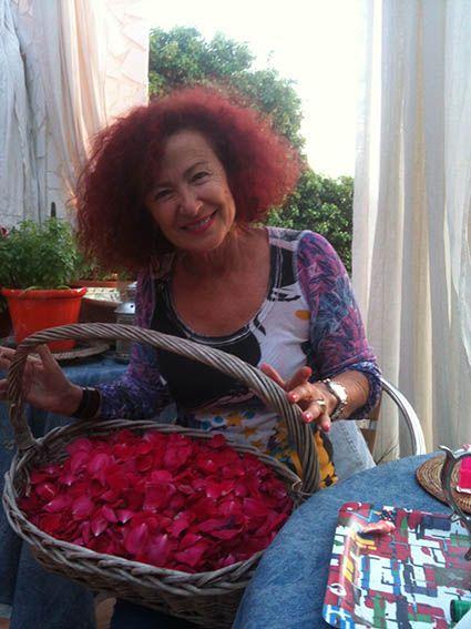 cogiendo flores para la virgen!