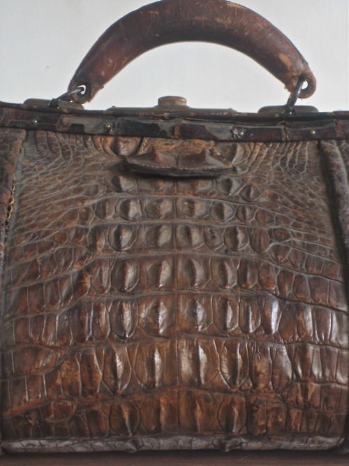 Alligator Bag circa 1890s.  Photography by Ali of A Noble Savage. Love! Reminds me of my grandmother's bag.