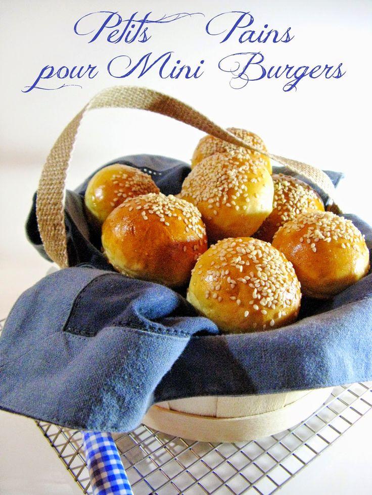 Ça fait des semaines, que dis-je, des mois que je fais très régulièrement cette recette de pains burgers express découverte chez Isabe...