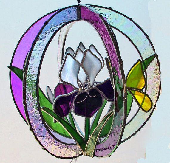 Iris Sculpture Med