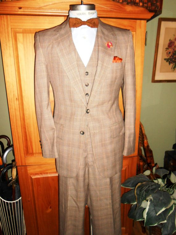 Hey, I found this really awesome Etsy listing at https://www.etsy.com/listing/162546732/botany-500-3-piece-vintage-mens-suit-40r