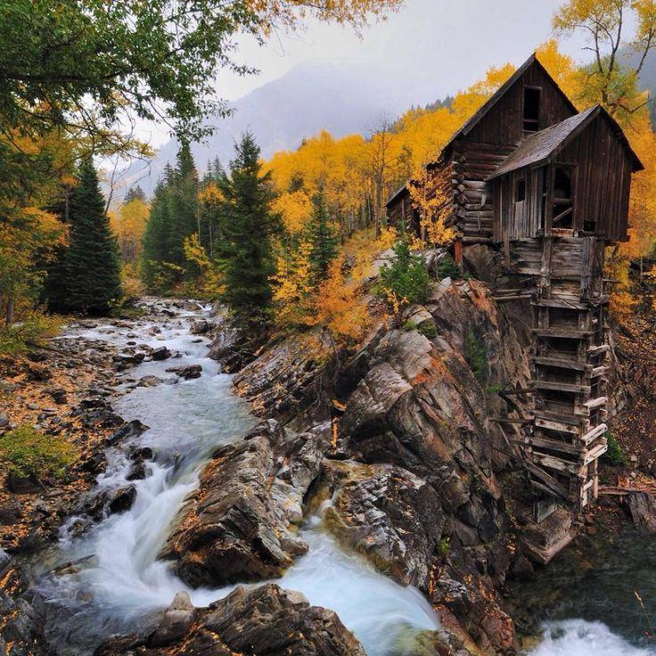 Ces endroits abandonnés semblent provenir d'un autre monde... À la fois fascinants et magnifiques, ça doit être le pied de les visiter !