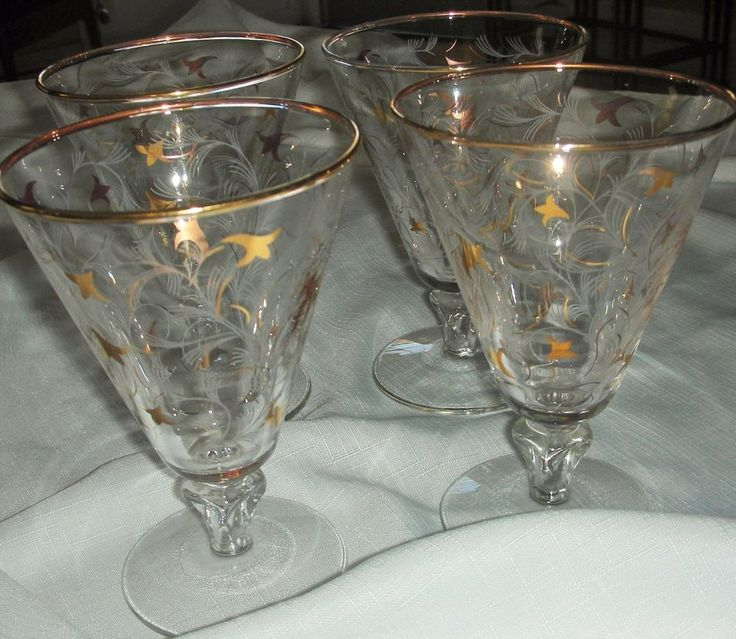 Vintage Mid Century Short Stem Wine Glasses (4) Gold Tulips and White Foils