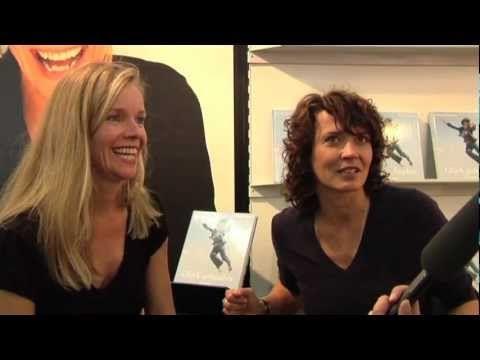 Auf der Frankfurter Buchmesse 2008 führte Redakteurin Anouk Schollähn dieses Interview mit dem Autorenduo Ulrike Folkerts und Katharina Schnitzler