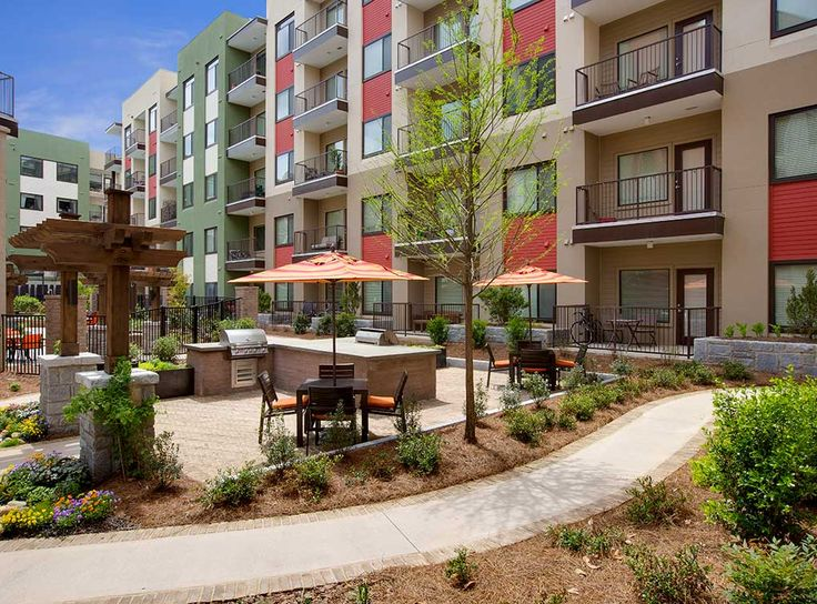 Outdoor kitchen with grills at AMLI Ponce Park, brand new apartments in  historic Old Fourth