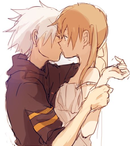 Soul and Maka kiss