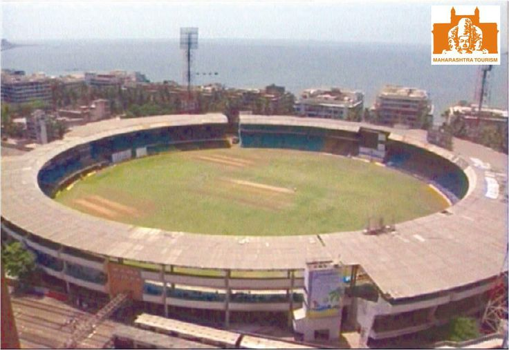 The Wankhede Stadium Mumbai is one of the important cricket stadiums in the country. This stadium was built in 1974.