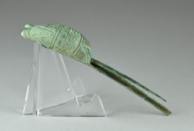 Etruscan bronze fibula, 7.8 cm long. Private collection