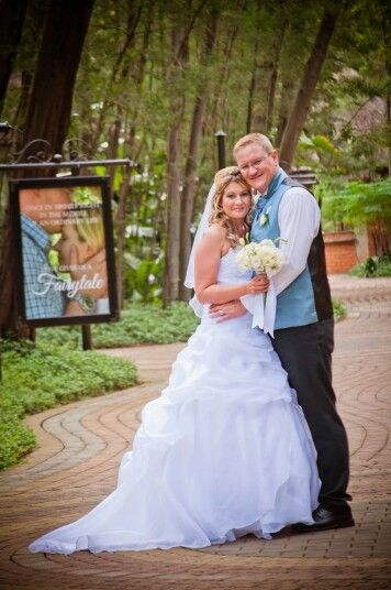Sharlene & Anton at Galagos Estate Pretoria