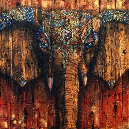 """El significado simbólico del elefante ocupa fundamentalmente la fuerza el honor, estabilidad y paciencia entre varios atributos. A la manera del pensamiento Hindú, el elefante se encuentra en forma de Ganesha, que es el dios de la suerte, fortuna, protección y es una bendición a todos los nuevos proyectos. Ganesha en su elefante magníficamente vibrante gloria, tiene la intención de demoler los obstáculos en su nombre, curiosamente el macho elefante se denominan """"toros""""."""