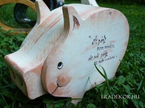 Normál méretű festett malacpersely egyéni felirattal. http://eradekor.hu/malacpersely-ajandek-gyerekeknek/