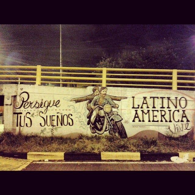 """""""Persigue tus sueños"""". Es lo que gritan las calles de #Calico."""