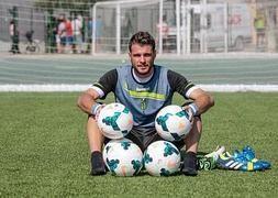 Orestis Karnezis, soccer photo shoot