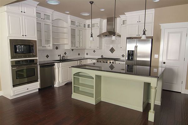 White kitchen cabinets kitchen cabinets craftsman for White mission style kitchen cabinets