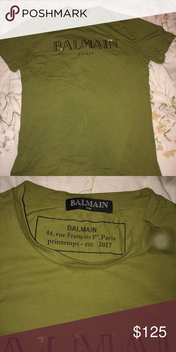 Balmain shirt Very Cool shirt No signs of wear Fits a Medium/Large Balmain Shirts Tees - Short Sleeve