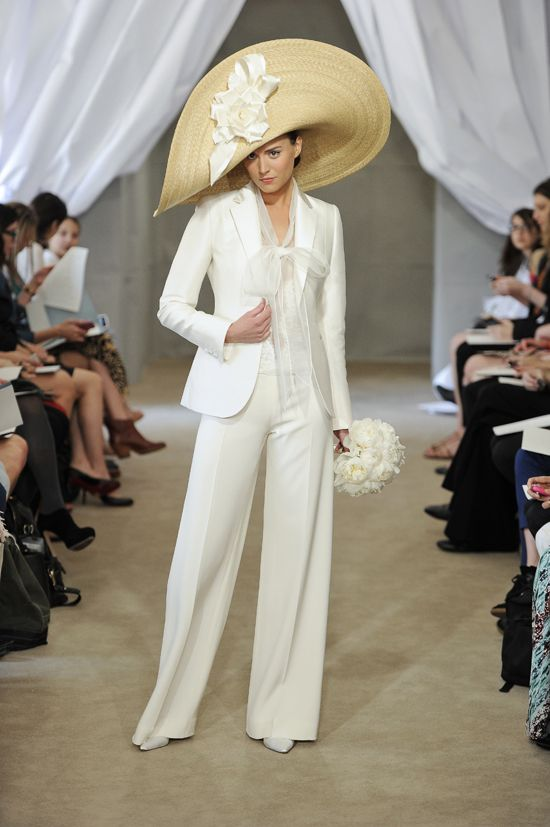 Even though it is part of a Bridal collection, I still love it! Carolina Herrera 2013