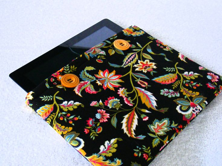 """IPad Pro 9 Case, Samsung Galaxy Tab2 Case, Nook HD Case, IPad Cover, Black Floral Print, Tablet Cover, IPad Pro 9 Cover, 10"""" x 8"""" by LindaLeasBoutique on Etsy"""