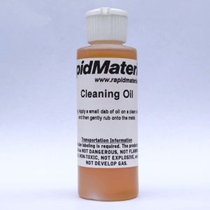 Strub Oil for Cleaning and Maintaining Zinc Countertops and Surfaces