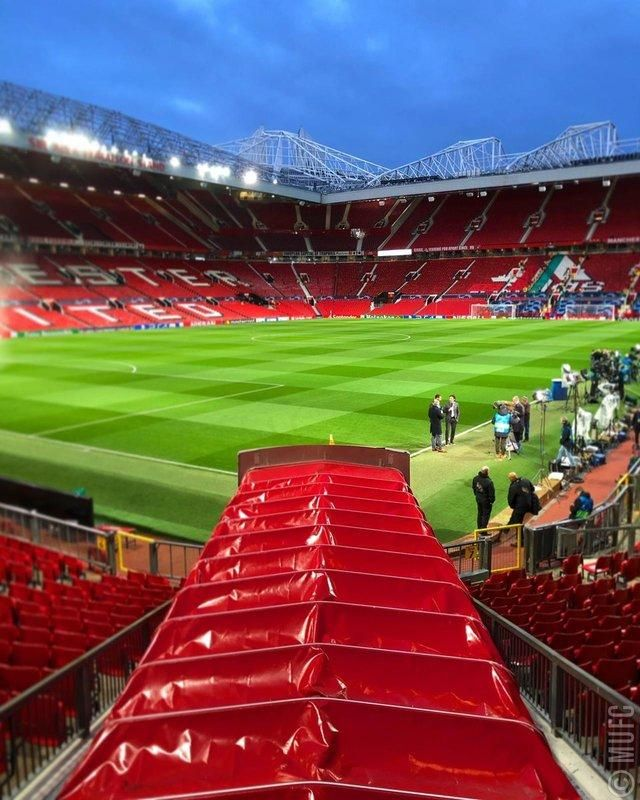 Old Traffod Hd Wallpaper 2019 Manchester United Manchester United Stadium Manchester United Images
