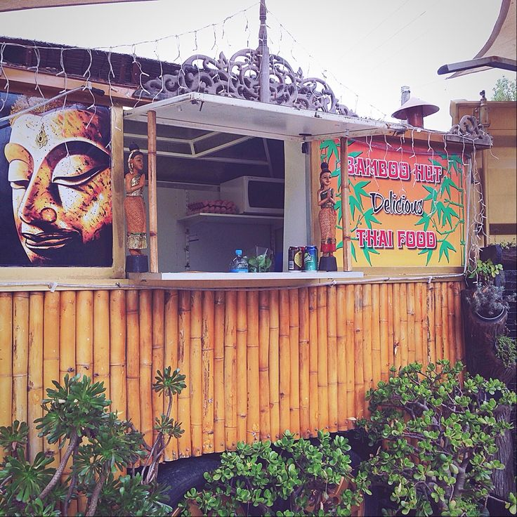 The Bamboo Hut on SH10 is like a little slice of Thailand in the Bay of Islands, New Zealand.
