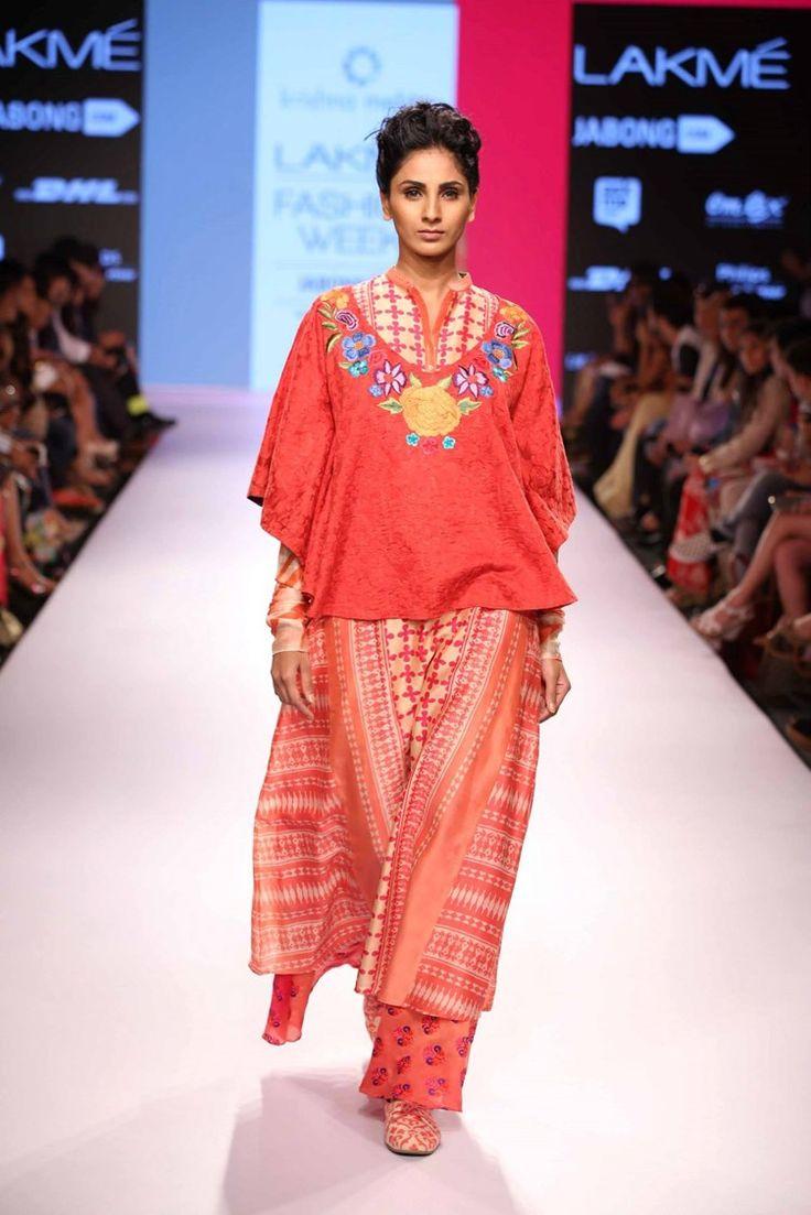 krishna-mehta-lakme-fashion-week2015-11 width=