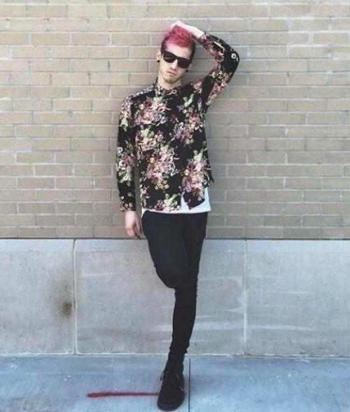 Ok, I really miss pink hair Josh.