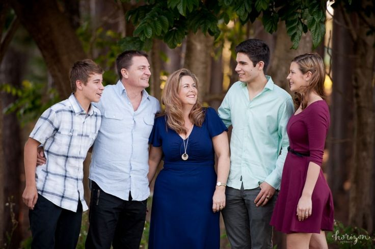 Family Photography, Gold Coast, Pine Forest, what to wear, Horizon Studios