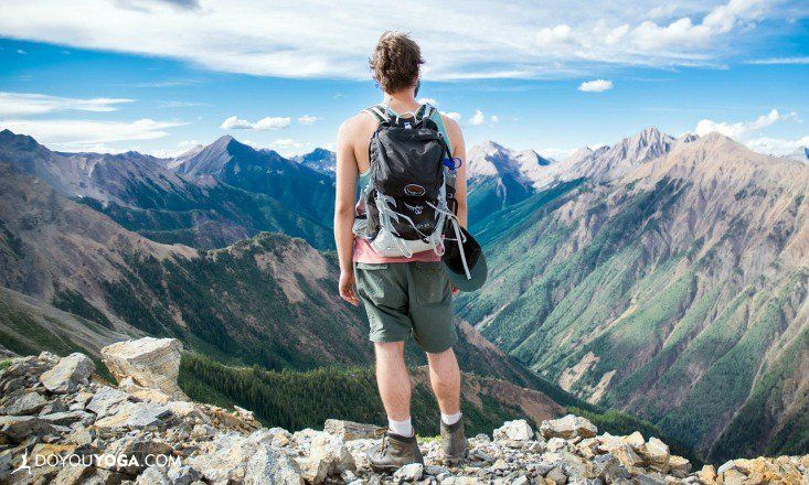 Is having no extra money hindering you from exploring what's beyond your city limits? Read on to find out how to travel the world on a shoestring budget.