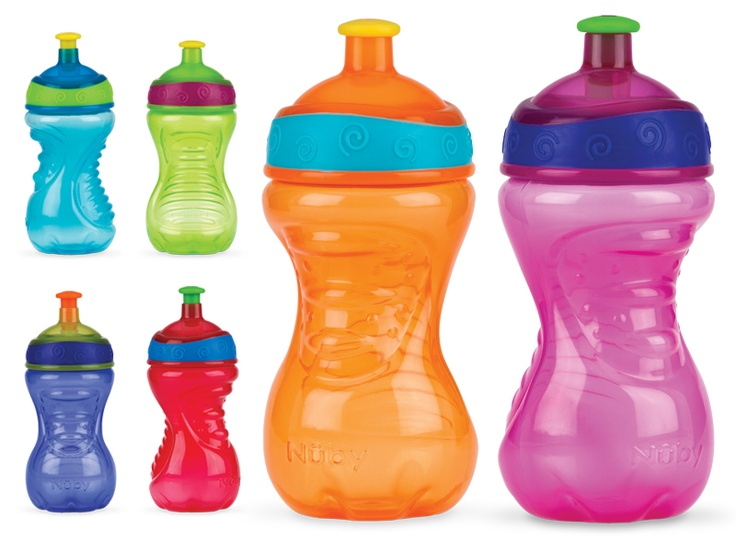 Nuby Pop Up Sports Beaker. Perfect for active toddlers and young children. www.nuby-uk.com