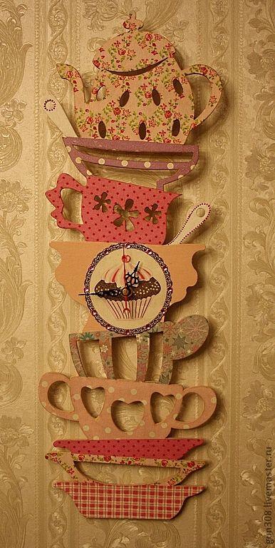 """Купить Часы кухонные """"Гора посуды - Розовый Гламур"""" - розовый, часы кухонные, часы настенные"""