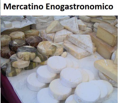 il Mercatino dei Sapori Italiani, manifestazione che ogni mese porta a Vigevano prelibatezze da tutta Italia....