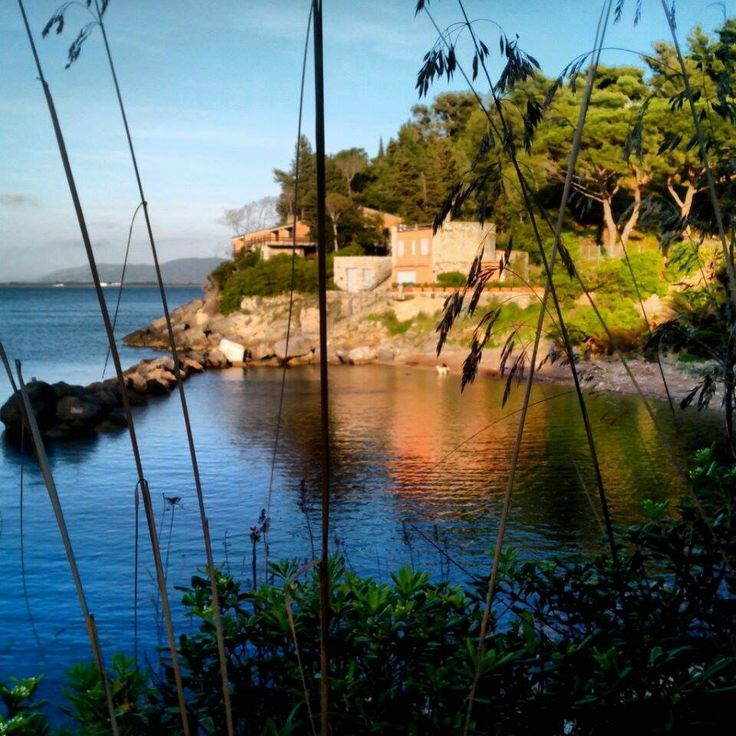 La #spiaggia della #Bionda - #PortoSantoStefano (#MonteArgentario) - #Maremma - #Tuscany.  Photo: Chiara Galatolo